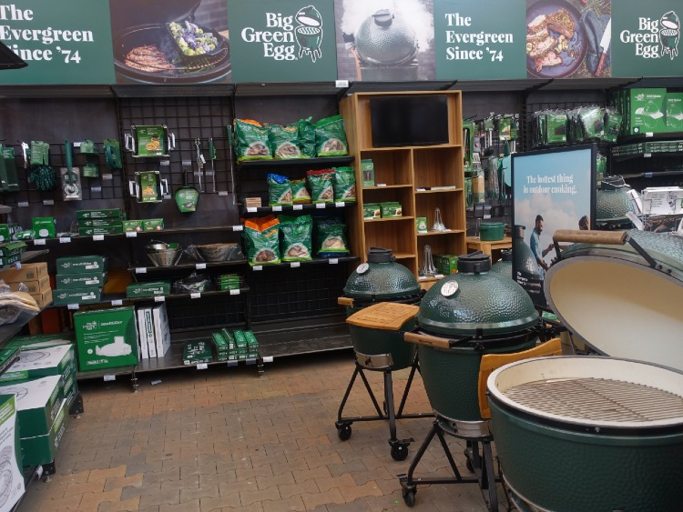 Big Green Egg Barbecues bij tuincentrum Osdorp in Amsterdam